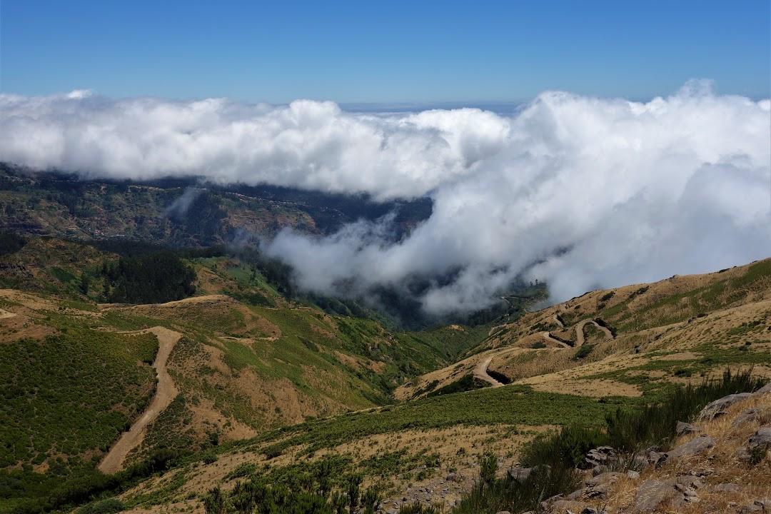 Horská túra nad mraky